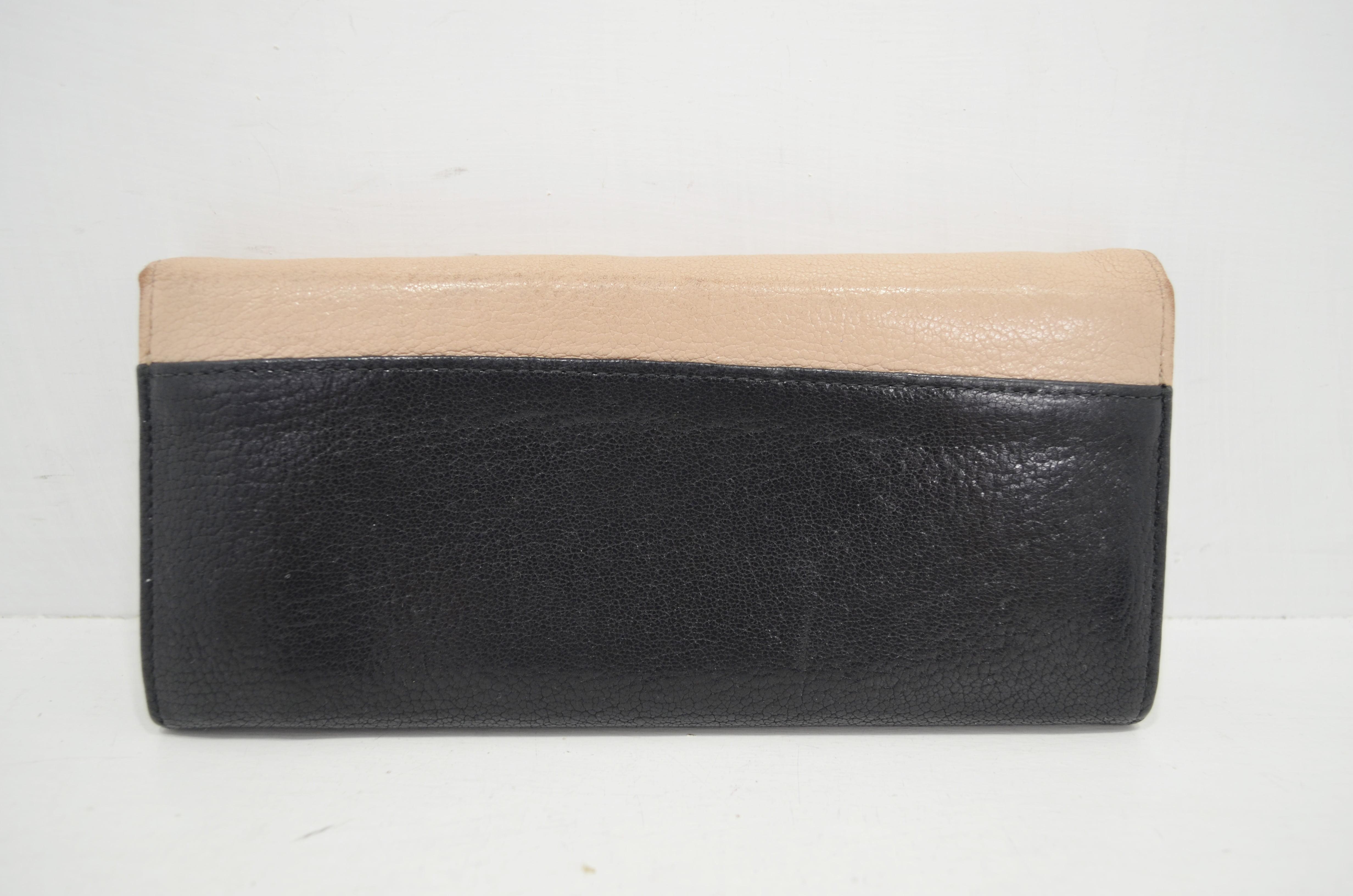 ミュウミュウの財布クリーニング背面