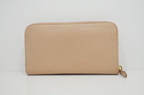 プラダ・サフィアーノの財布のクリーニング・修理の事例