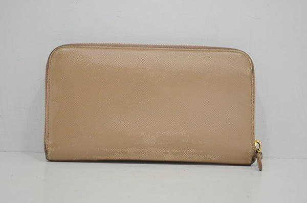 プラダ・サフィアーノの財布のクリーニング事例・作業後