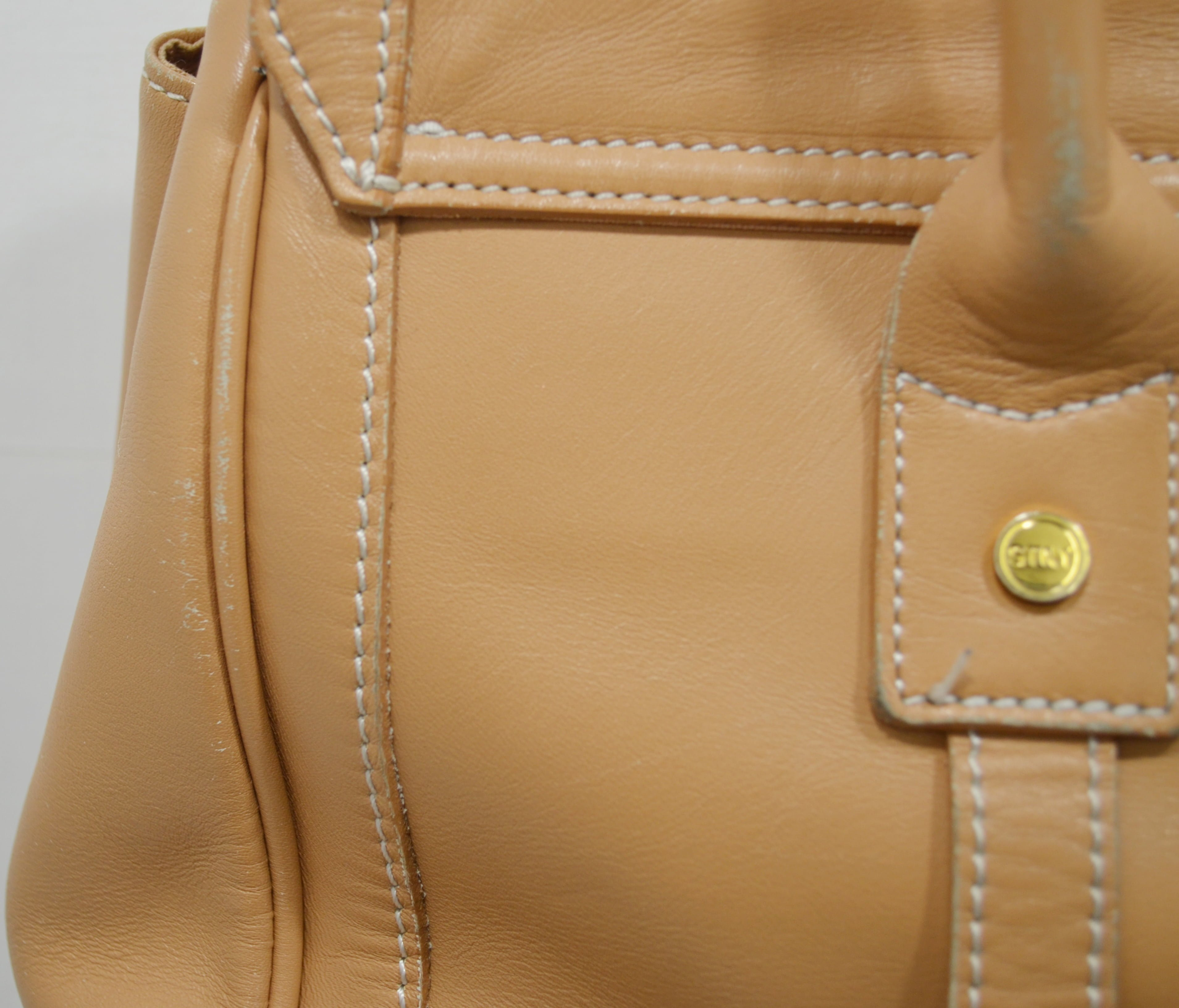 サマンサタバサの鞄。バッグのクリーニング事例