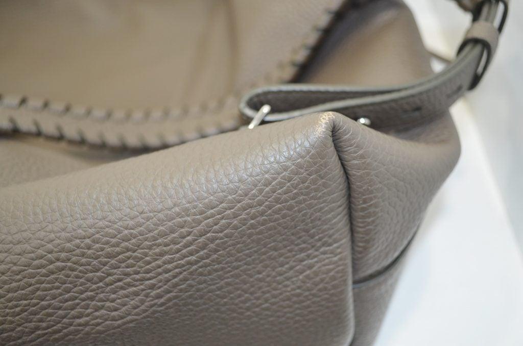 オールセインツの鞄のクリーニング作業例