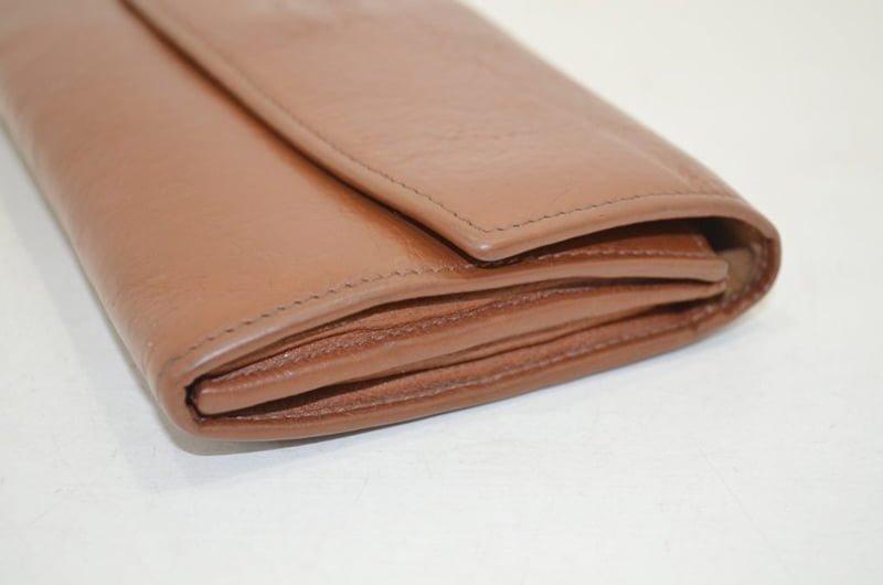 イルビゾンテの財布のクリーニング・作業前