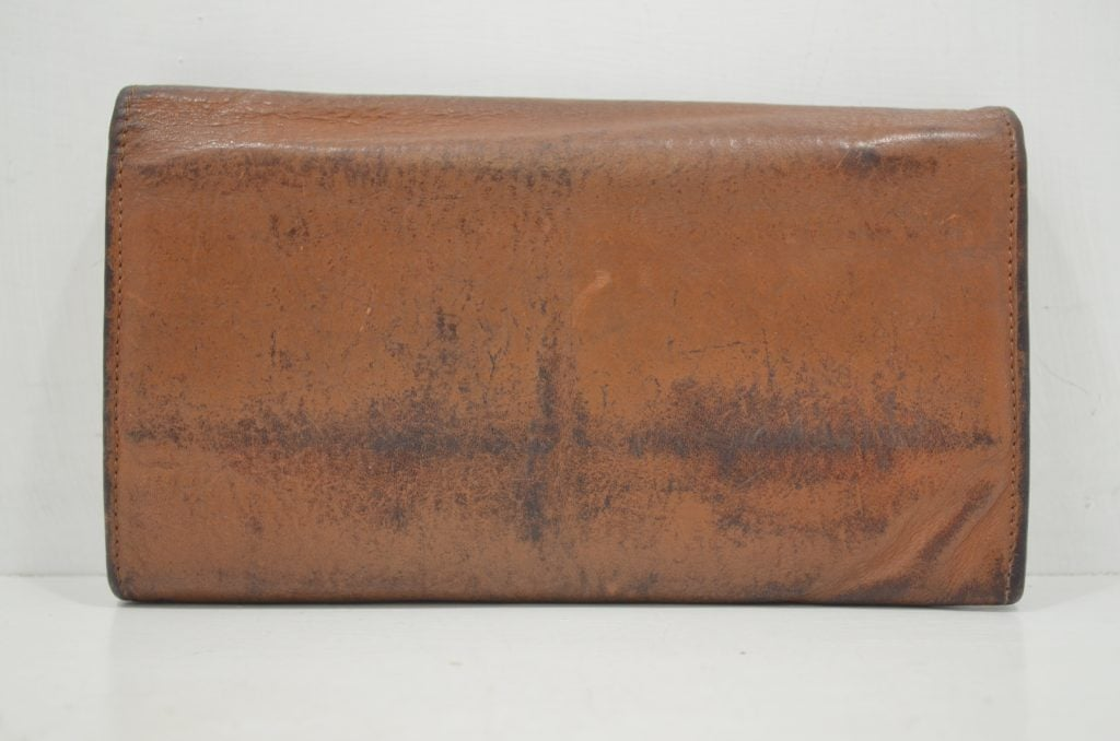 イルビゾンテの財布の修理・作業前