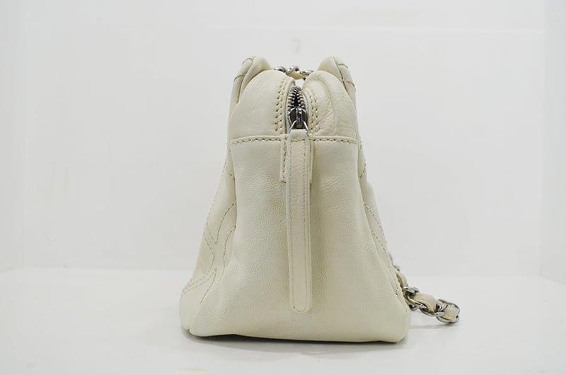 シャネル・ワイルドステッチの鞄・バッグのクリーニング・修理の作業例