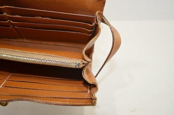 エルメスのケリーロングの財布の修理前
