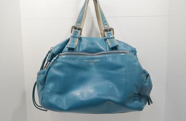 フランチェスコ・ビアジアの鞄のクリーニングが終了した画像