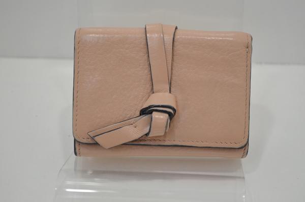 クロエの財布の補色をした後の画像