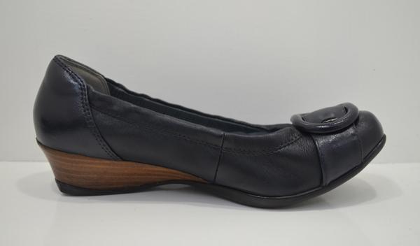 フィットフィットの婦人の靴の画像