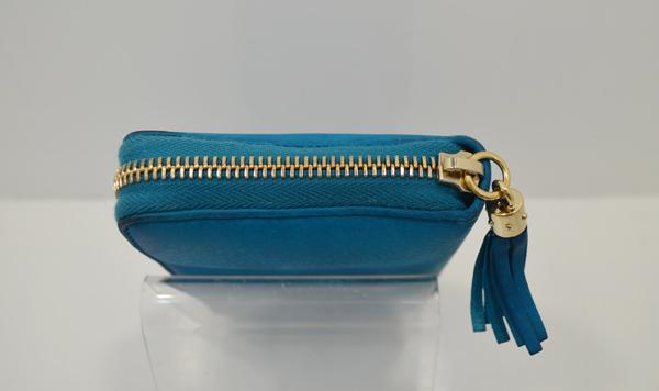 グッチの財布のファスナー部分の作業前の画像