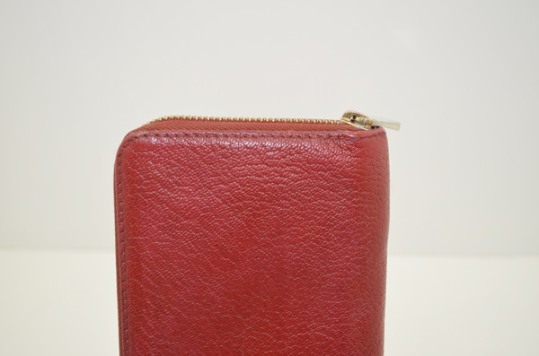 ヴィトンの財布の修理の画像