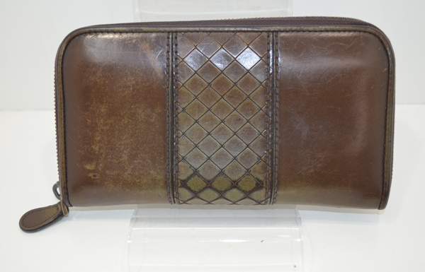 ボッテガスコルピートのお財布のクリーニング前の画像