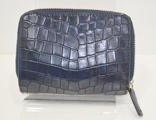 コムサメンの財布のクリーニング作業後の画像