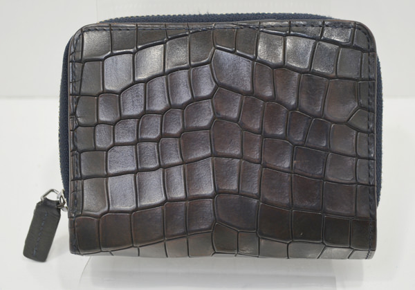 コムサメンの財布のクリーニング事例・作業前